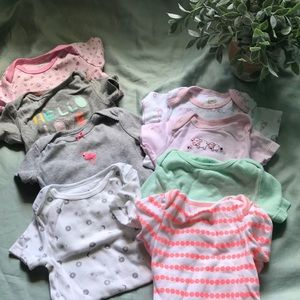Lot of 8 short sleeve 6-9 month onesies